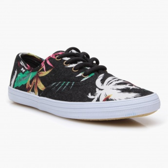 Missy lace-Up Canvas Shoes