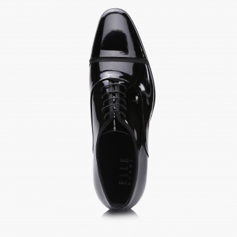 Duchini Lace-Up Oxford Shoes